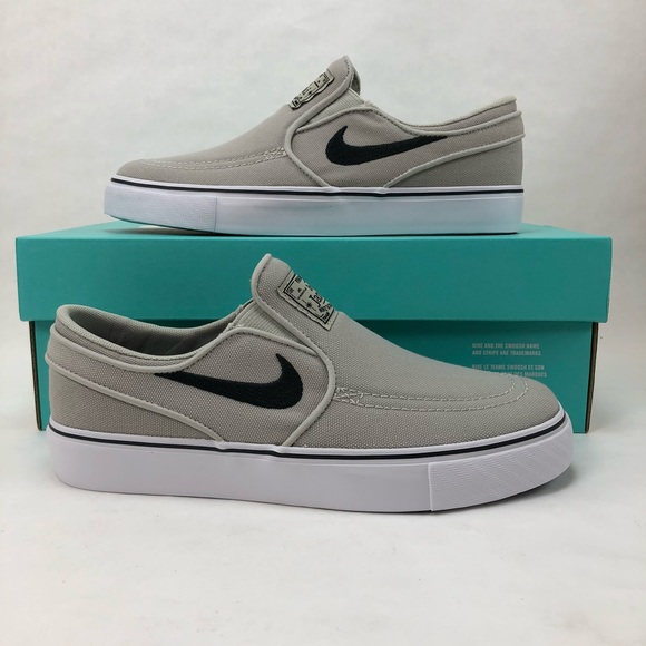 8f0b6aed7228 best price nike kids 3.5y stefan janoski canvas skater shoes 541d3 20368